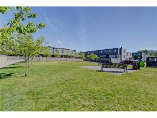 Photo 21: 109 3809 45 Street SW in Calgary: Glenbrook House for sale : MLS®# C4066213