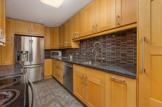 """Photo 6: 309 9202 HORNE Street in Burnaby: Government Road Condo for sale in """"Lougheed Estates"""" (Burnaby North)  : MLS®# R2523189"""