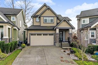 Photo 1: 18472 59 Avenue in Surrey: Cloverdale BC House for sale (Cloverdale)  : MLS®# R2428033