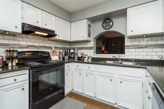 """Photo 3: 20 26970 32 Avenue in Langley: Aldergrove Langley Townhouse for sale in """"Parkside Village"""" : MLS®# R2273111"""