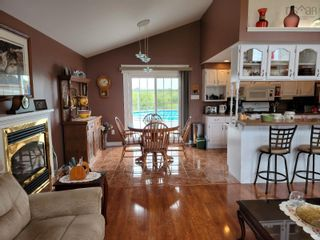 Photo 3: 3746 Connors Avenue in New Waterford: 204-New Waterford Residential for sale (Cape Breton)  : MLS®# 202116856