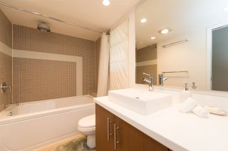 Photo 14: 3153 W 3RD Avenue in Vancouver: Kitsilano 1/2 Duplex for sale (Vancouver West)  : MLS®# R2077742