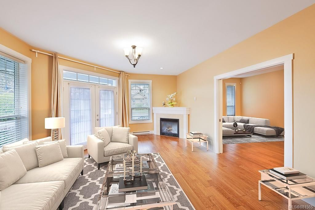 Photo 4: Photos: 990 Arngask Ave in : La Bear Mountain House for sale (Langford)  : MLS®# 881565