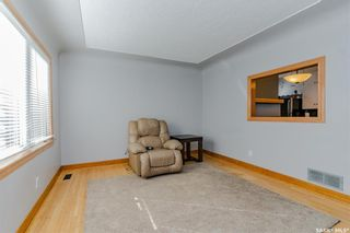 Photo 4: 211 G Avenue North in Saskatoon: Caswell Hill Residential for sale : MLS®# SK870709