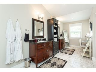 Photo 12: 5431 240 Street in Langley: Salmon River House for sale : MLS®# R2497881
