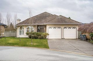 Photo 1: 8080 158A Street in Surrey: Fleetwood Tynehead House for sale : MLS®# R2440380