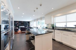 Photo 9: 7898 WOODHURST Drive in Burnaby: Forest Hills BN House for sale (Burnaby North)  : MLS®# R2296950