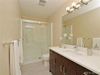 Photo 12: 3 1060 Tillicum Rd in VICTORIA: Es Kinsmen Park Row/Townhouse for sale (Esquimalt)  : MLS®# 714740