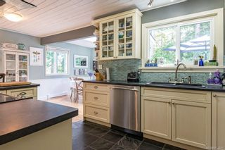 Photo 4: 315 Cortez Cres in : CV Comox (Town of) House for sale (Comox Valley)  : MLS®# 854581