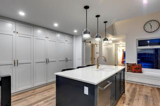 Photo 6: 2801 7 Avenue NW in Calgary: West Hillhurst Detached for sale : MLS®# A1128388