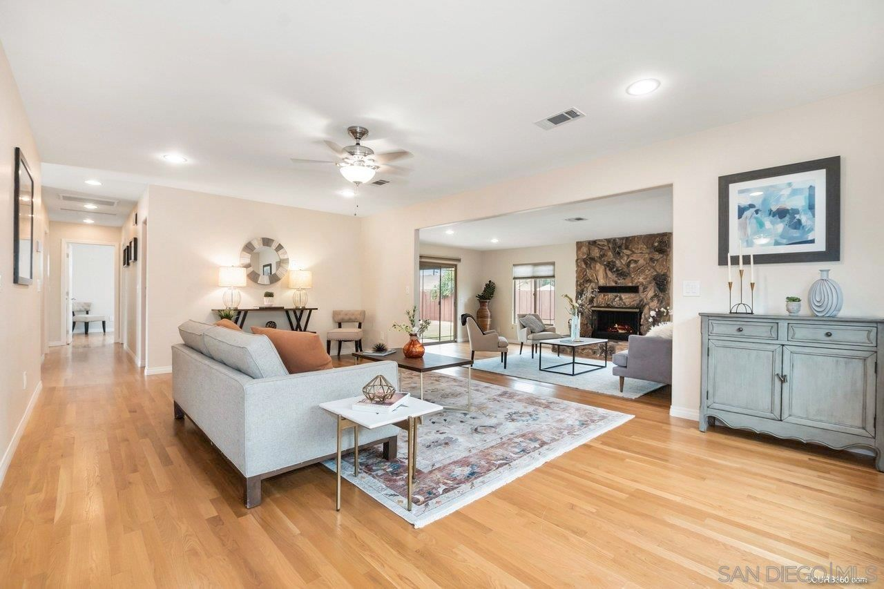 Main Photo: SPRING VALLEY House for sale : 3 bedrooms : 8751 Hiel St.