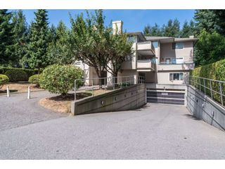 """Photo 2: 202 33675 MARSHALL Road in Abbotsford: Central Abbotsford Condo for sale in """"The Huntington"""" : MLS®# R2214048"""
