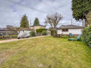 Photo 4: 3041 E 54TH Avenue in Vancouver: Killarney VE House for sale (Vancouver East)  : MLS®# R2548392
