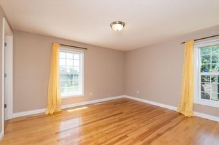Photo 16: 16 SOMME Way SW in Calgary: Garrison Woods Semi Detached for sale : MLS®# C4232811