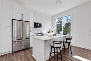 """Photo 4: 8 3552 VICTORIA Drive in Coquitlam: Burke Mountain Townhouse for sale in """"Victoria"""" : MLS®# R2571820"""