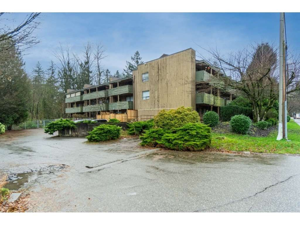 """Photo 35: Photos: 113 33400 BOURQUIN Place in Abbotsford: Central Abbotsford Condo for sale in """"Bakerview Place"""" : MLS®# R2523982"""