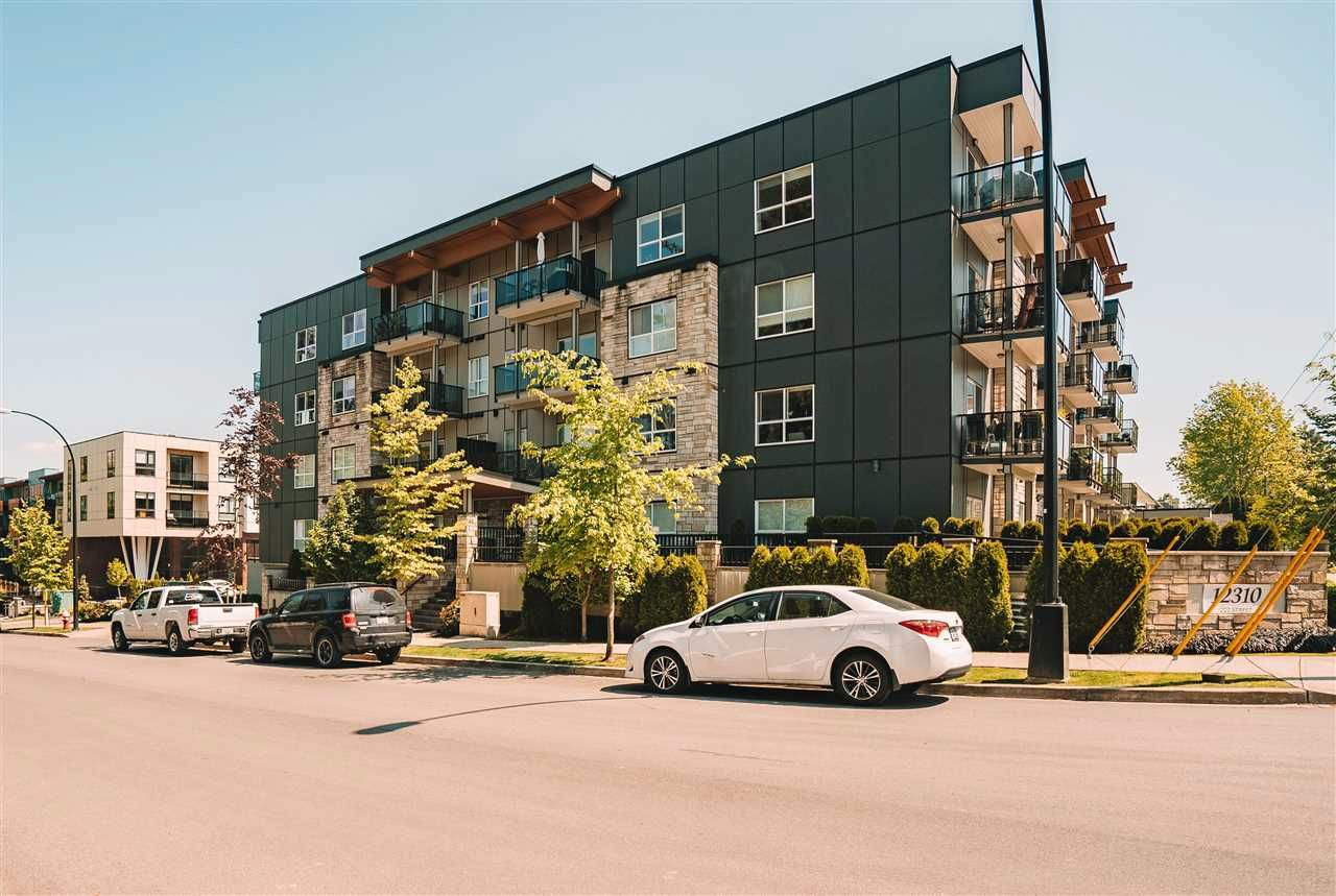 """Main Photo: 405 12310 222 Street in Maple Ridge: West Central Condo for sale in """"222"""" : MLS®# R2581216"""