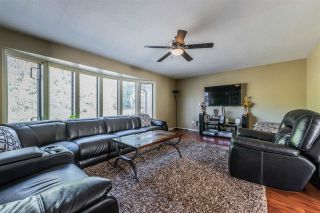 Photo 2: 2919 LEFEUVRE Road in Abbotsford: Aberdeen House for sale : MLS®# R2390731
