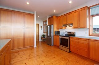 Photo 34: 2892 Fishboat Bay Rd in : Sk French Beach House for sale (Sooke)  : MLS®# 863163