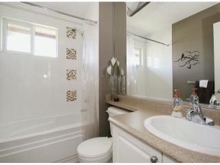 """Photo 12: 6 15168 66A Avenue in Surrey: East Newton Townhouse for sale in """"Porter's Cove"""" : MLS®# F1428816"""