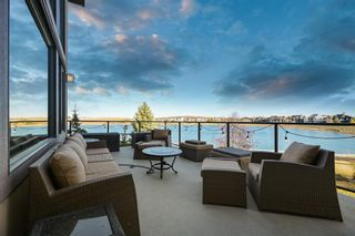 Photo 2: 216 Montclair Place: Cochrane Lake Detached for sale : MLS®# A1154314