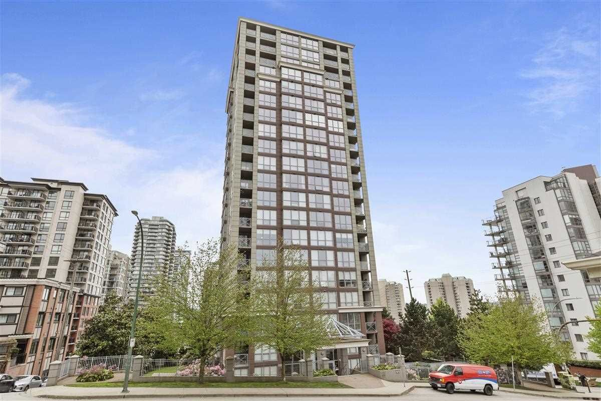 """Main Photo: 303 850 ROYAL Avenue in New Westminster: Downtown NW Condo for sale in """"THE ROYALTON"""" : MLS®# R2592407"""