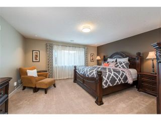 Photo 26: 22 ROCKFORD Road NW in Calgary: Rocky Ridge House for sale : MLS®# C4115282