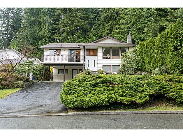 Main Photo: 754 Regal Crescent in North  Vancouver: Princess Park House for sale (North Vancouver)  : MLS®# v1112566
