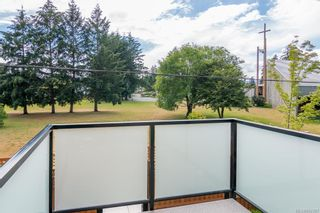 Photo 20: 402 2130 Sooke Rd in Colwood: Co Hatley Park Row/Townhouse for sale : MLS®# 842387