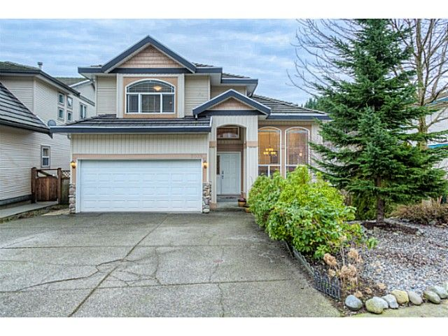 """Main Photo: 2039 BERKSHIRE Crescent in Coquitlam: Westwood Plateau House for sale in """"WESTWOOD PLATEAU"""" : MLS®# V1116647"""