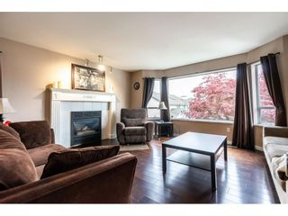 Photo 3: 18937 60A Avenue in Surrey: Cloverdale BC House for sale (Cloverdale)  : MLS®# R2573894