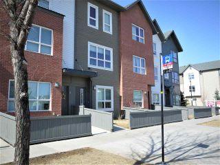 Photo 3: 114 2560 Pegasus in Edmonton: Zone 27 Townhouse for sale : MLS®# E4236412