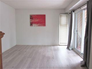 Photo 3: 7118 178 Street in Edmonton: Zone 20 Townhouse for sale : MLS®# E4222101