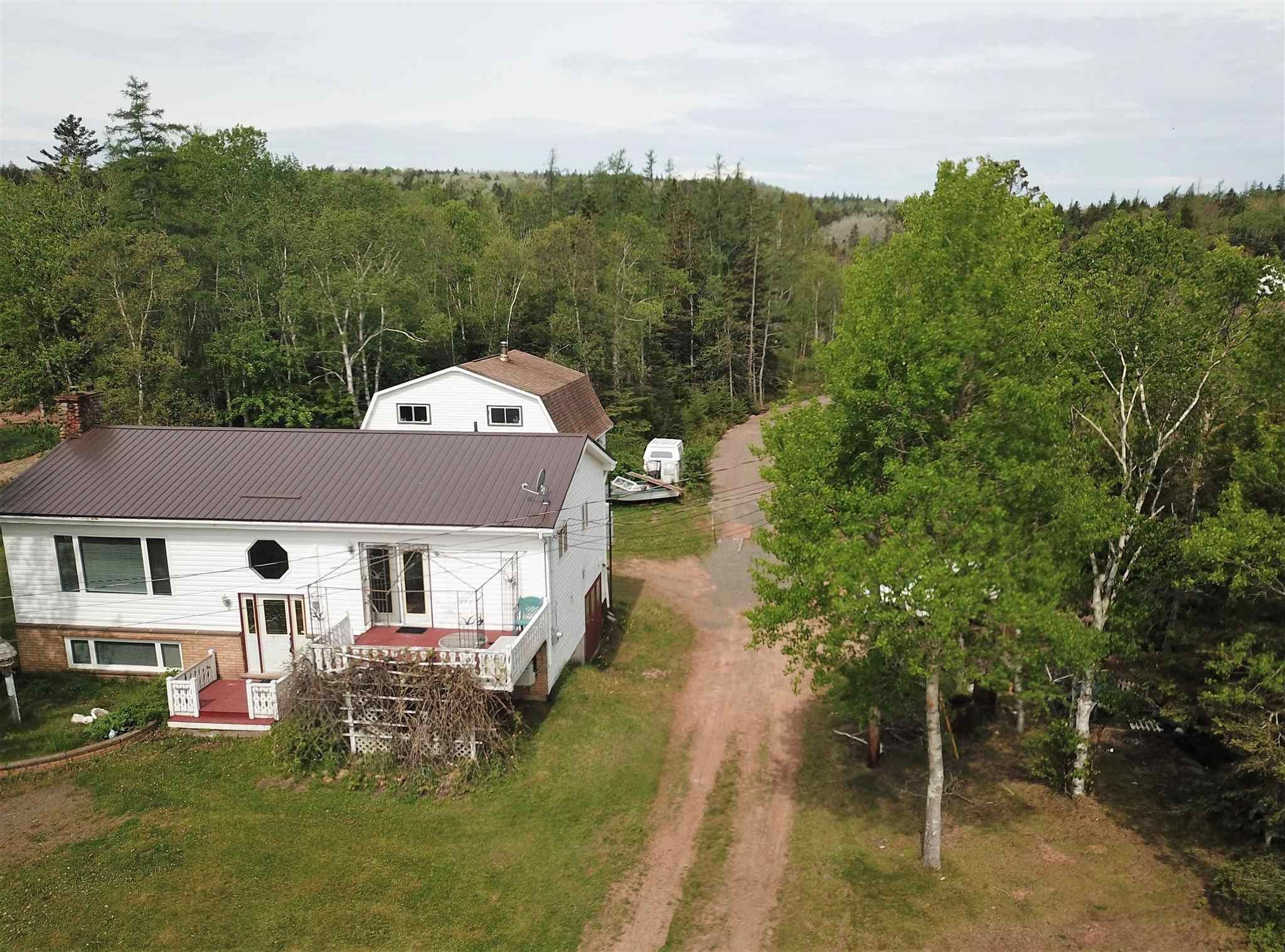 Main Photo: 127 Pinky Creek Road in Parrsboro: 102S-South Of Hwy 104, Parrsboro and area Residential for sale (Northern Region)  : MLS®# 202114317