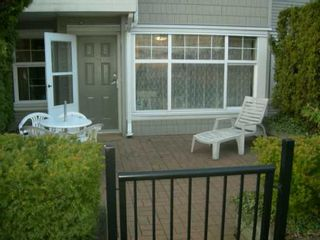 "Photo 10: 106 7038 21ST Avenue in Burnaby: Middlegate BS Townhouse for sale in ""THE ASHBURY"" (Burnaby South)  : MLS®# V631772"