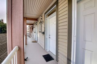 Photo 5: 19 117 Rockyledge View NW in Calgary: Rocky Ridge Row/Townhouse for sale : MLS®# A1061525