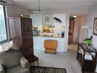 """Photo 3: # 1807 1188 HOWE ST in Vancouver: Downtown VW Condo for sale in """"1188 HOWE"""" (Vancouver West)  : MLS®# V937383"""