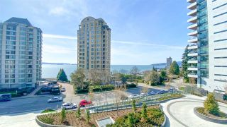 "Photo 7: 506 2271 BELLEVUE Avenue in West Vancouver: Dundarave Condo for sale in ""The Rosemont on Bellevue"" : MLS®# R2562061"
