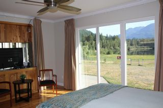 Photo 30: 25330 TRANS CANADA Highway in Yale: Yale - Dogwood Valley House for sale (Hope)  : MLS®# R2487134
