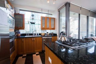 """Photo 12: 1004 1228 W HASTINGS Street in Vancouver: Coal Harbour Condo for sale in """"Palladio"""" (Vancouver West)  : MLS®# R2578006"""