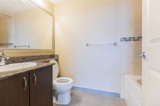 "Photo 17: 3208 892 CARNARVON Street in New Westminster: Downtown NW Condo for sale in ""Azure II"" : MLS®# R2533598"