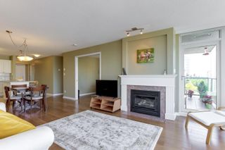 """Photo 6: 802 612 SIXTH Street in New Westminster: Uptown NW Condo for sale in """"The Woodward"""" : MLS®# R2596362"""