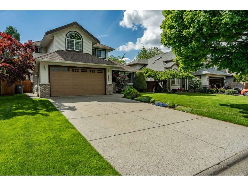 "Main Photo: 6443 188A Street in Surrey: Cloverdale BC House for sale in ""CHARTWELL"" (Cloverdale)  : MLS®# R2456471"