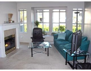 """Photo 2: 206 6676 NELSON Avenue in Burnaby: Metrotown Condo for sale in """"NELSON ON THE PARK"""" (Burnaby South)  : MLS®# V672969"""