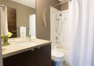"""Photo 16: 928 WESTBURY Walk in Vancouver: South Cambie Townhouse for sale in """"CHURCHILL GARDENS"""" (Vancouver West)  : MLS®# R2436730"""