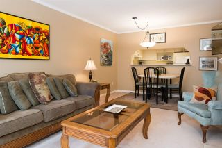 """Photo 10: 108 315 E 3RD Street in North Vancouver: Lower Lonsdale Condo for sale in """"DUNBARTON MANOR"""" : MLS®# R2083441"""
