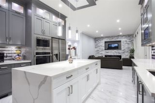 """Photo 11: 28 4295 OLD CLAYBURN Road in Abbotsford: Abbotsford East House for sale in """"Sunspring Estates"""" : MLS®# R2509066"""