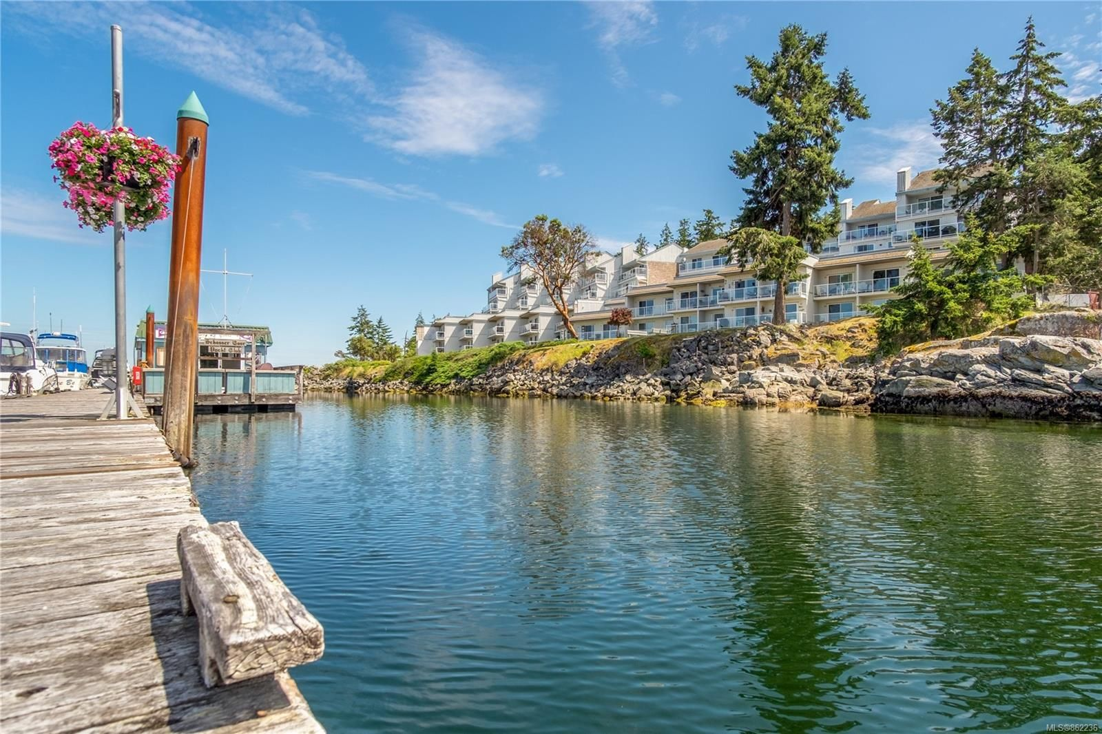Main Photo: 510 3555 Outrigger Rd in : PQ Nanoose Condo for sale (Parksville/Qualicum)  : MLS®# 862236