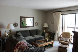 "Photo 3: 210 33490 COTTAGE Lane in Abbotsford: Central Abbotsford Condo for sale in ""Cottage Lane"" : MLS®# R2567798"