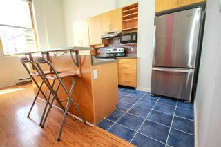 """Photo 11: 407 549 COLUMBIA Street in New Westminster: Downtown NW Condo for sale in """"C2C LOFTS & FLATS  http://c2clofts.ca/"""" : MLS®# R2094393"""